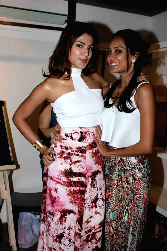 Actors Lisa Hydon and Rhea Chakraborty during the launch of Naked, a bath & beauty collection designed by Azmina Rahimtoola and Aparna Badlani in Mumbai, on Jan 30, 2015. - Rhea Chakraborty