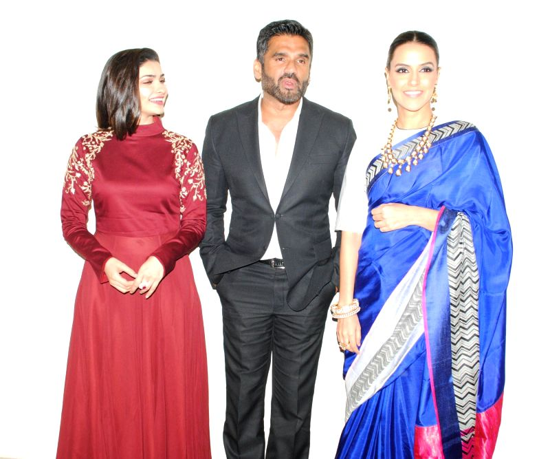 Actors Prachi Desai, Sunil Shetty and Neha Dhupia.snapped at producer Krishna Choudhary's daughter's wedding in Mumbai on 12th February 2013 . - Prachi Desai, Sunil Shetty and Neha Dhupia