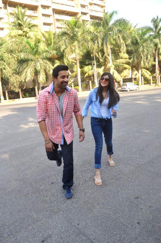 Actors Ranvijay Singh and Adha Sharma during on location shoots of Life OK television serial Pukaar, in Mumbai on Dec 7, 2014. - Ranvijay Singh and Adha Sharma