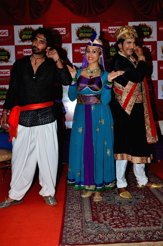 Actors Rohit Khurana ,Vishal Kotian and Kishwar Merchant during the launch of Big Magic channel new show Chatur aur Chalak, Birbal aur Viraat, in Mumbai on Jan. 30, 2015. - Rohit Khurana