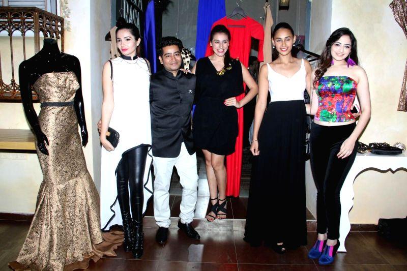 Actors Shonali Nagrani, Hasleen Kaur and Sana Khan during a SS15 fashion soiree of Harsh Harsh by fashion designer Harsh Gupta in Mumbai on March 11, 2015. - Shonali Nagrani, Hasleen Kaur, Sana Khan and Gupta