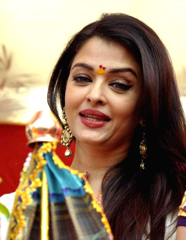 Actress Aishwarya Rai Bachchan celebrates Gudhi Padwa during a rally organised by MNS in Mumbai on March 21, 2015.