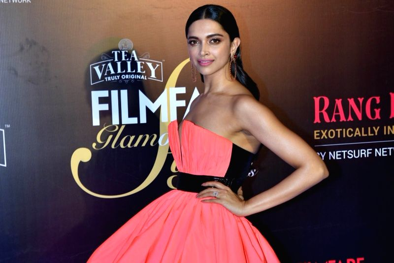 Mumbai: Actress Deepika Padukone on the red carpet of Filmfare Glamour And Style Awards 2019, in Mumbai on Feb 11, 2019. (Photo: IANS)(Image Source: IANS News)