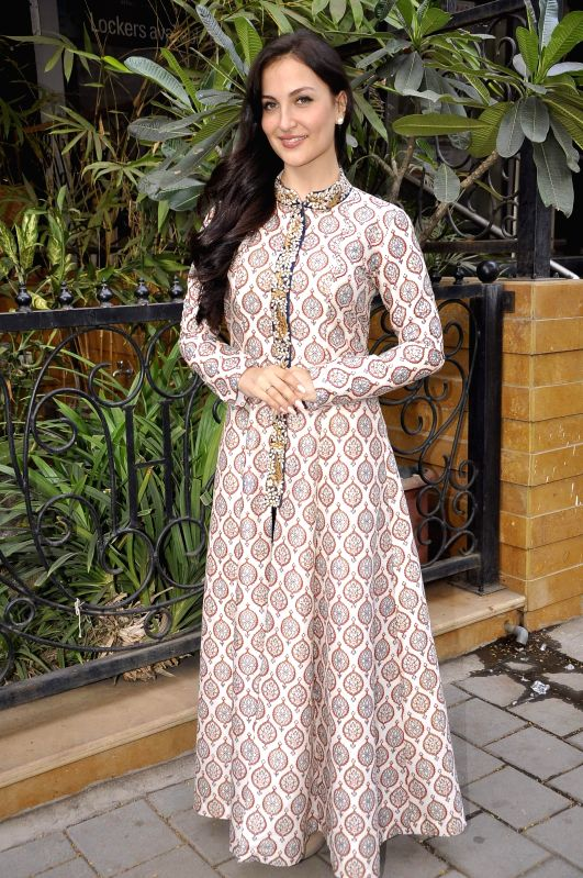Actress Elli Avram.at Hue store the festive collection preview in Mumbai on 20th Jan 2015 - Elli Avram
