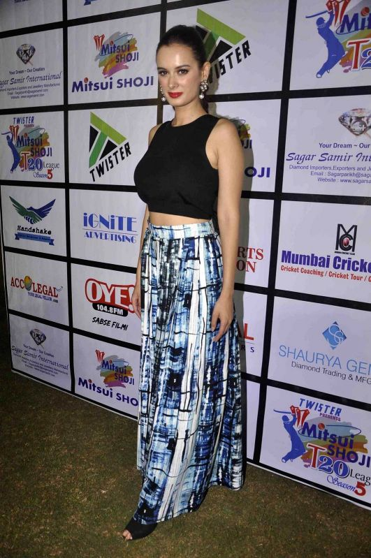 Actress Evelyn Sharma during the Mitsui Shoji T20 Cricket League 2015 organised by Sagar Samir International and Shaurya Jems in Mumbai, on April 27, 2015. - Evelyn Sharma