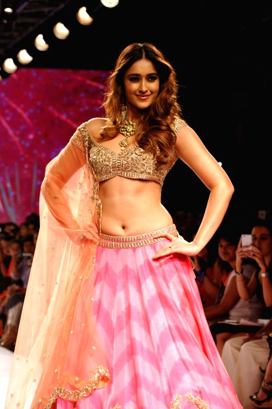 Actress Ileana D'Cruz walks the ramp as showstopper for designer Anushree Reddy show at the Lakme Fashion Week Summer/Resort 2015 in Mumbai on March 21, 2015 - Ileana D'Cruz