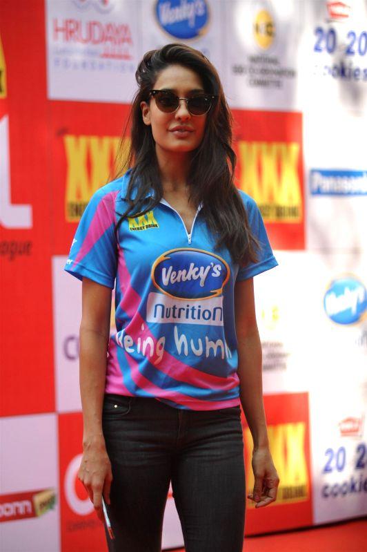 Actress Lisa Haydon during the Celebrity Cricket League (CCL) in Mumbai on Jan 10, 2015. - Lisa Haydon