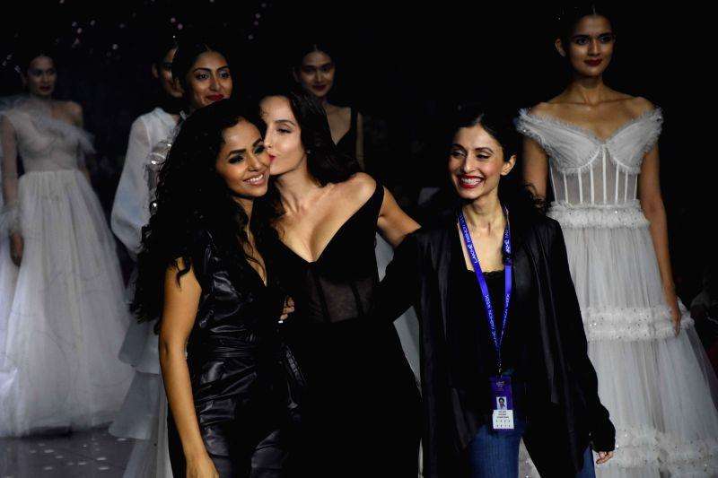 Mumbai: Actress Nora Fatehi showcases the creation of Fashion designer Gaurangi & Nainika at the Lakme Fashion Week Summer/Resort 2020, in Mumbai on Feb 14, 2020. (Photo: IANS)