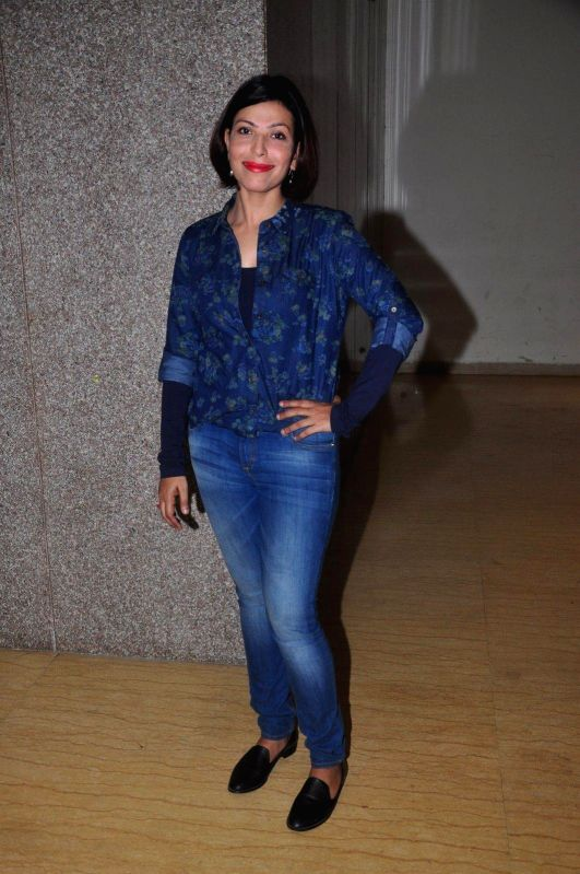 Actress Shilpa Shukla during the promotion of the film Crazy Cukkad Family in Mumbai on Dec 26, 2014. - Shilpa Shukla