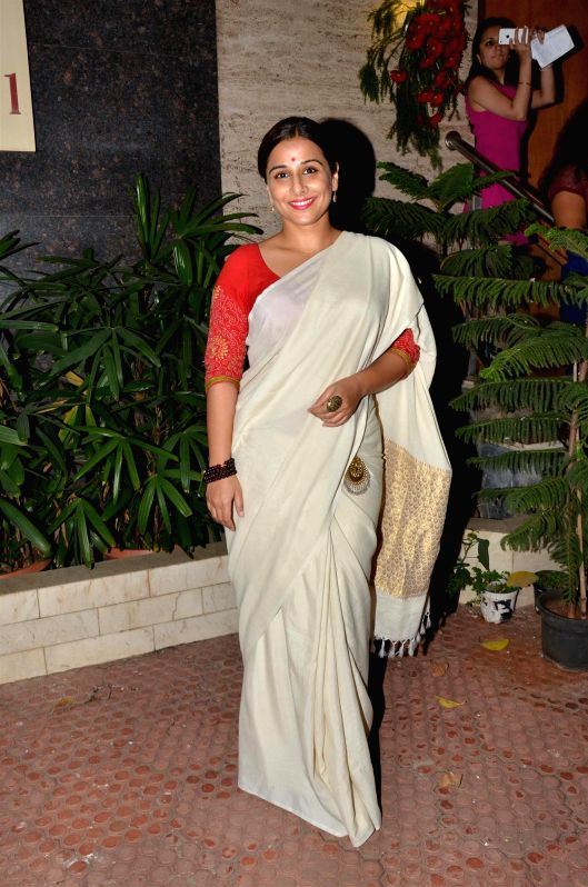 Actress Vidya Balan during Under Construction sculptor show, in Mumbai on April 24, 2015. - Vidya Balan