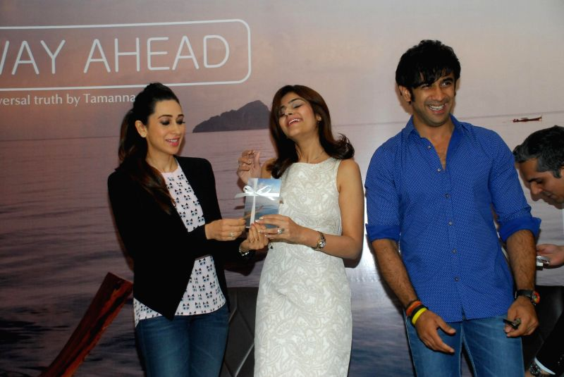 Author Tamanna C with  actors Karisma Kapoor and Amit Sadh during the launch of her book The Way Ahead in Mumbai on Dec 17, 2014. - Amit Sadh