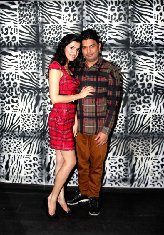 Bhushan Kumar and Divya Khosla Kumar 2 at Divya Khosla Kumar`s birthday bash in Mumbai, on November 20, 2014. - Bhushan Kumar