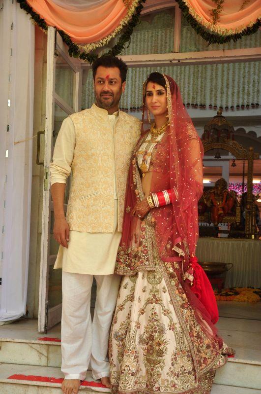 Bollywood Celebs snapped at Wedding Ceremony of Abhishek Kapoor and Pragya Yadav at ISKCON Temple in Mumbai on 4th May, 2015