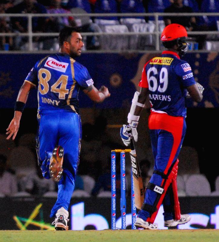 Caption : Mumbai: Delhi Daredevils  player Angelo Mathews and Rajasthan Royals player Stuart Binny during an IPL-2015 match between Rajasthan Royals  and Delhi Daredevils at the Brabourne ...