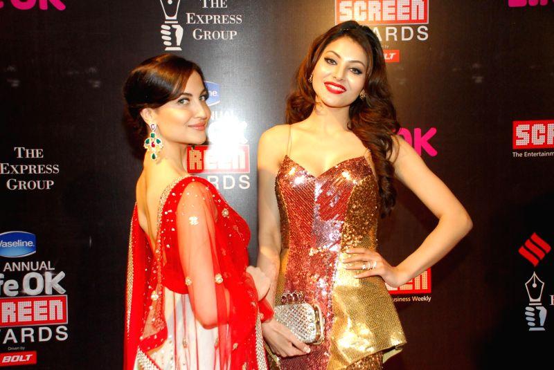Celebs at 21st Annual Life OK Screen Awards in Mumbai on Jan. 14, 2015.