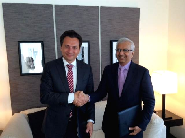 CEO of PEMEX Emilio Lozoya and Executive Director of RIL P.M.S. Prasad after signing MoU for assessment of potential upstream oil and gas business opportunities in Mexico and jointly evaluate