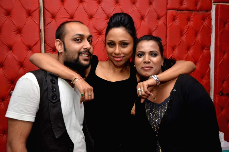 Claudia Cesila and others during TV actor Tapan Singh's new spa L_atelier launch in Mumbai on 4th Jan 2015.