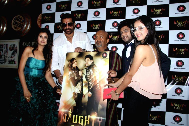Debut singers Priyanka Ahuja, Nitz Kakkar, actor Mukesh Rishi and lyricist Sameer during the audio launch of Naughty Girl in Mumbai, on April 4, 2015. - Mukesh Rishi