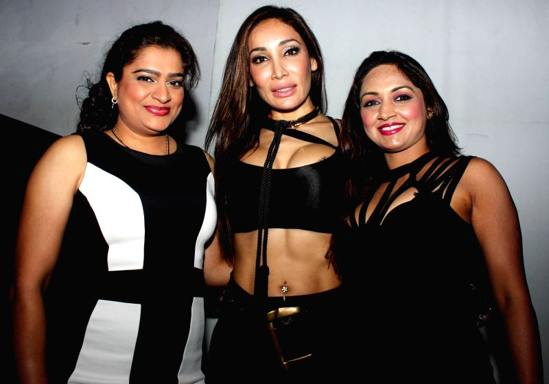 Ekta Jain,Sofia Hayat and Marisa Verma during the launch of debut album Main Ladki Hoon by Sofia Hayat in Mumbai on March 20, 2015. - Ekta Jain and Marisa Verma