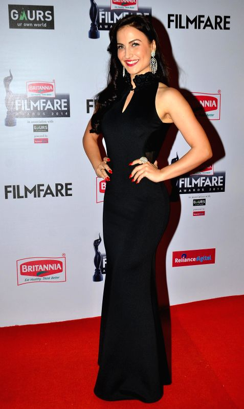 Elli Avram during the 60th Britannia Filmfare awards in Mumbai, on January 31, 2015.