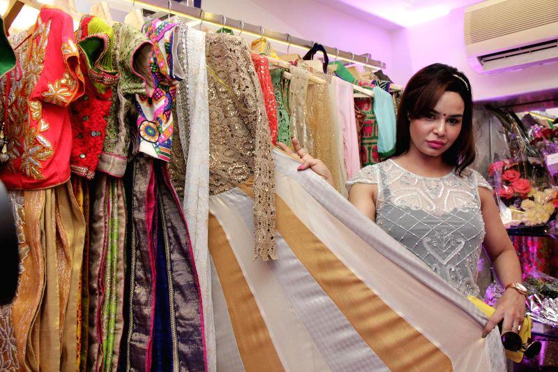 Fashion designer Tina Khan during the launch of designer Avesh Dadlani store Je`Vani -The Designer`s Mall in Mumbai, in Mumbai, on Feb 11, 2015. - Tina Khan