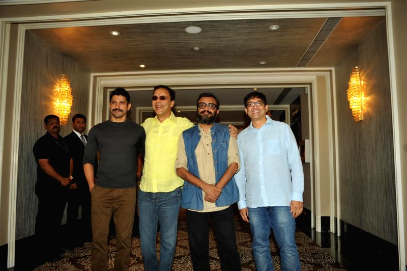 Filmmaker and actor Farhan Akhtar, filmmakers Vidhu Vinod Chopra, Dibakar Banerjee and screenwriter Abhijat Joshi during the launch of screenplays of Guru Dutt`s films, organised by Vinod ... - Farhan Akhtar, Vidhu Vinod Chopra, Dibakar Banerjee, Abhijat Joshi and Vinod Chopra Films