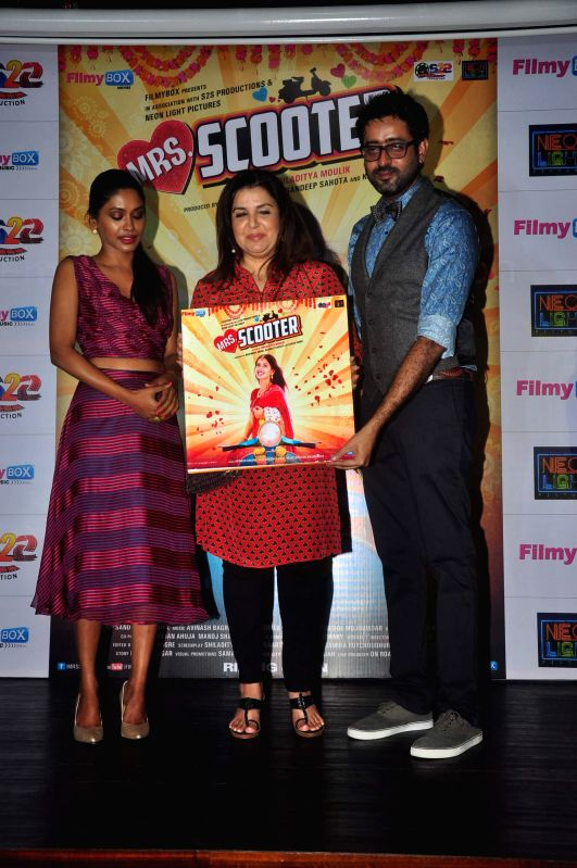 Filmmaker Farah Khan, actor Anjali Patil and filmmaker Shiladitya Moulik during music launch of film Mrs Scooter in Mumbai, on Jan. 19, 2015. - Farah Khan and Anjali Patil