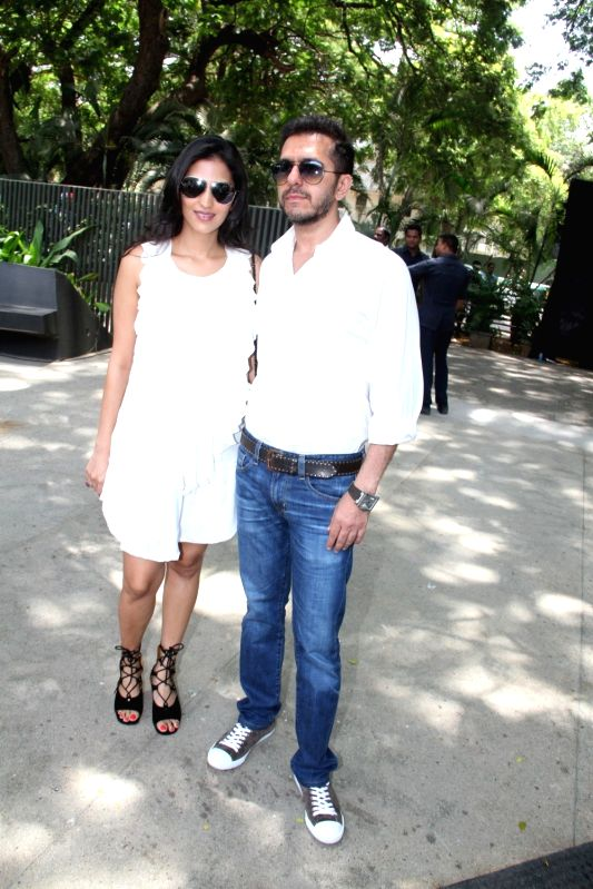 Filmmaker Ritesh Sidhwani wife Dolly during the promotion of film Dil Dhadakne Do in Mumbai, on May 3, 2015. - Ritesh Sidhwani