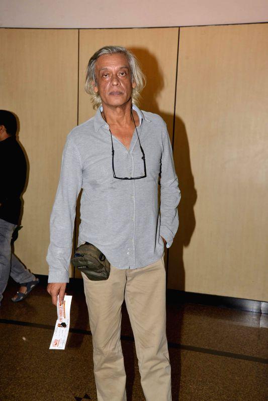 Filmmaker Sudhir Mishra during Ashvin Gidwani`s play Two to Tango Three to Jive, in Mumbai on April 4, 2015. - Sudhir Mishra
