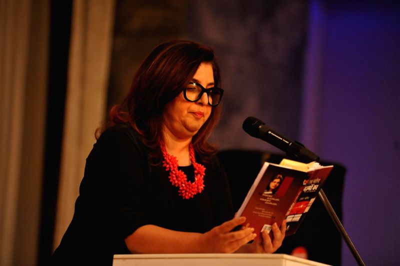 Filmmakers Farah Khan during the launch of Irshad Kamil`s book Ek Maheena Nazmon Ka , in Mumbai on Jan. 3, 2015. - Farah Khan