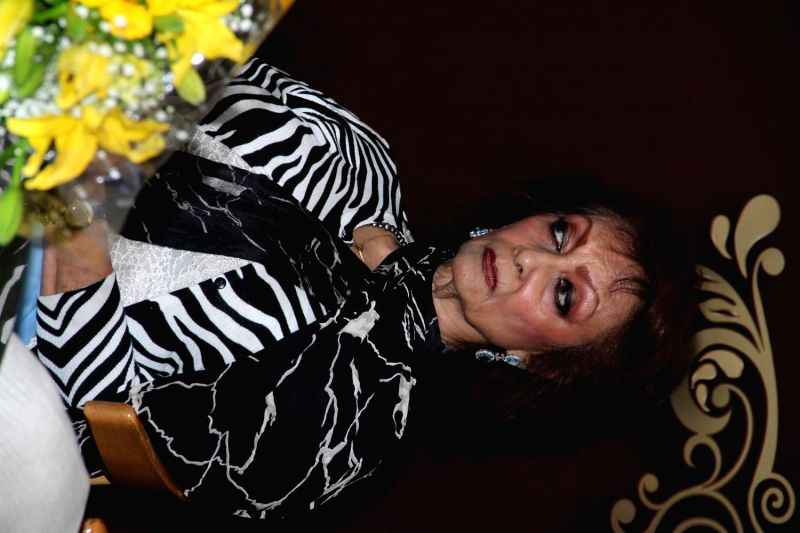 Ghazal singer Chitra Singh during the announcement of Ghazal Day musical concert, a tribute to Gazal singer Jagjit Singh on his birth anniversary, in Mumbai on Jan. 3, 2015. - Chitra Singh