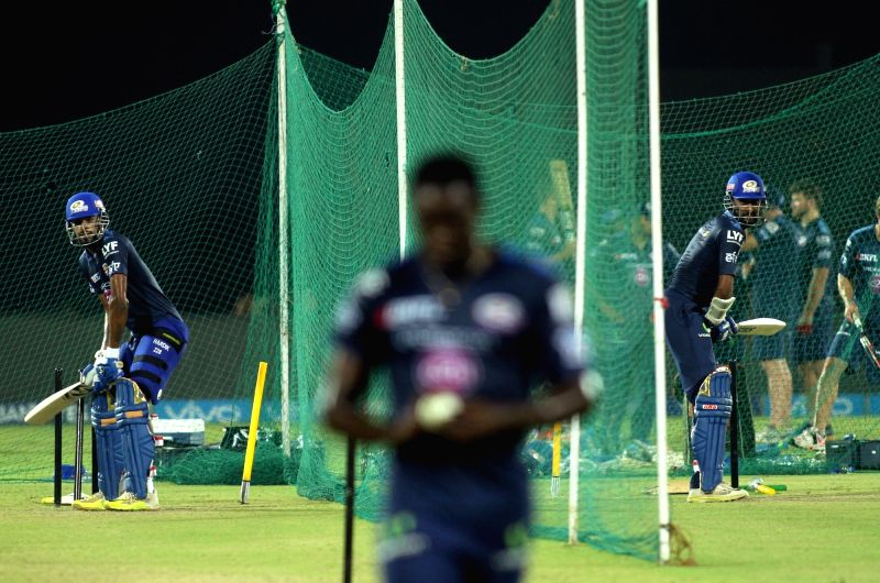 Mumbai Indians player Hardik Pandya (L) Krunal Pandya (R) during a practice session at Green Park in Kanpur on May 20, 2016.