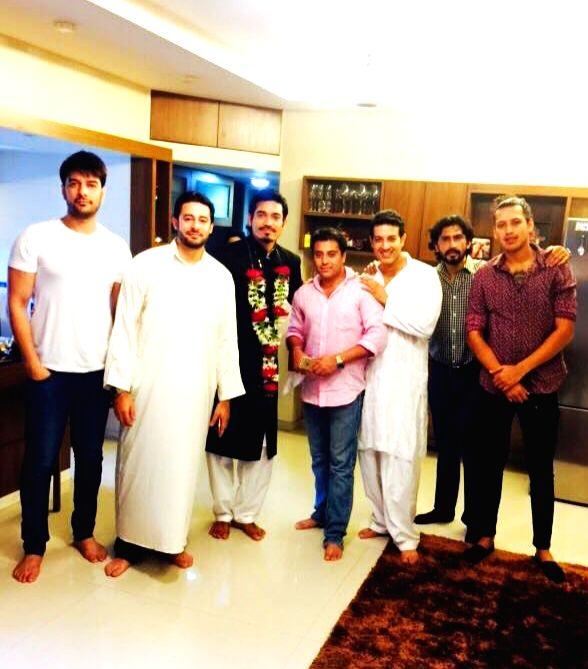 Kapil Khadiwal, Zulfi Syed, Mr. Waahiid Ali Khan, Praveen Sirohi and other model friends at Super Model and actor Shawar Ali's marriage ceremony in Mumbai. - Waahiid Ali Khan