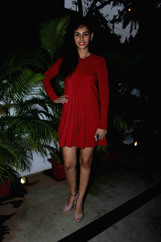 Miss India Earth 2011 Harleen Kaur during the launch of Naked, a bath & beauty collection designed by Azmina Rahimtoola and Aparna Badlani in Mumbai, on Jan 30, 2015. - Harleen Kaur
