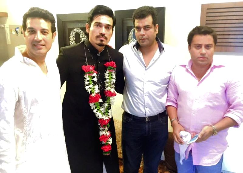Mr. Waahiid Ali Khan (CMD-Sshaawn Group of Companies) and Designer Asif Shah with Shawar Ali during his marriage ceremony in Mumbai. - Waahiid Ali Khan and Asif Shah