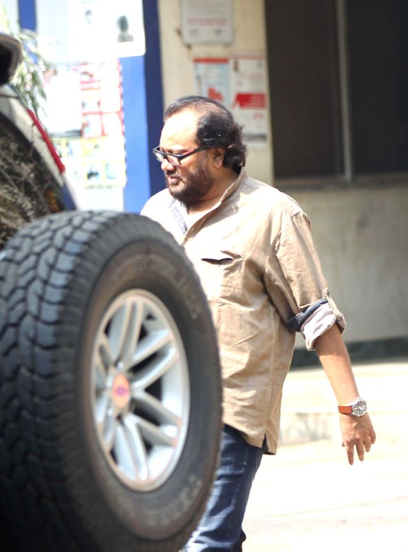 Music composer Ismail Darbar appears at Andheri Court for a assault case filed against him by assistant director Prashamit Chaudhury in Mumbai on Feb. 4, 2015. - Prashamit Chaudhury