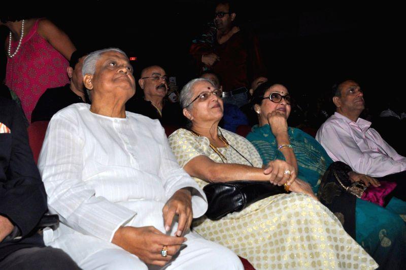Music director Pyarelal Nayyar during Kishore Kumar concert in Mumbai on Jan 24, 2015.