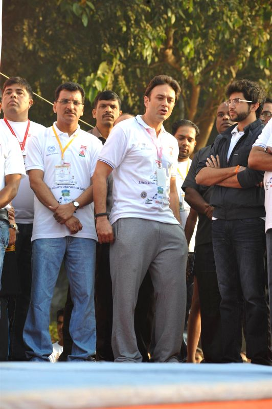 Ness Wadia, Managing Director of Bombay Burmah Trading Corp. Ltd and Aditya Thackeray, Yuva Sena president during the annual little hearts marathon from Siddhivinayak ground to Wadia ... - Ness Wadia