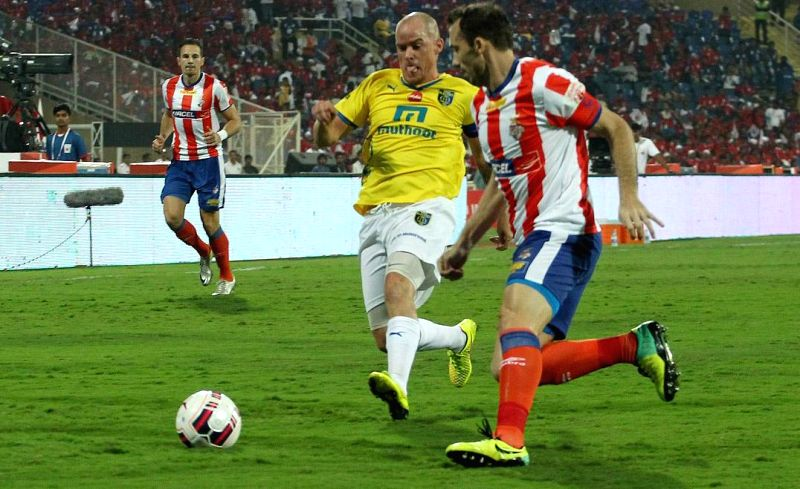Players in action during the final match of ISL between Atletico de Kolkata and Kerala Blasters FC  at D.Y Patil stadium, in Mumbai on Dec 20, 2014. Atletico de Kolkata won. Score: 1-0. - Y Patil