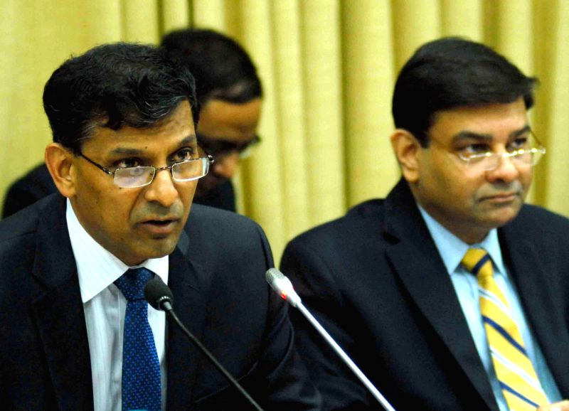 RBI Governor Raghuram Rajan addresses a press conference in Mumbai, on Dec 2, 2014.