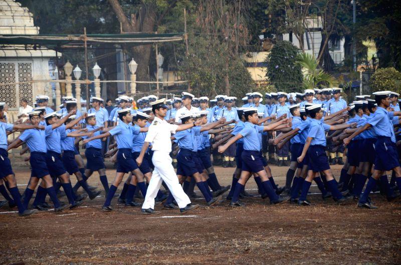 Republic Day rehearsals underway at Shivaji Park in Mumbai, on Jan 21, 2015.