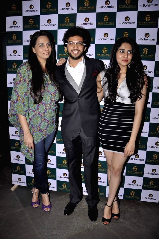 Roopa and Mitaali Vohra with Aditya Thackeray at Game Changers 2015 calendar launch in Mumbai on Jan 18, 2015.