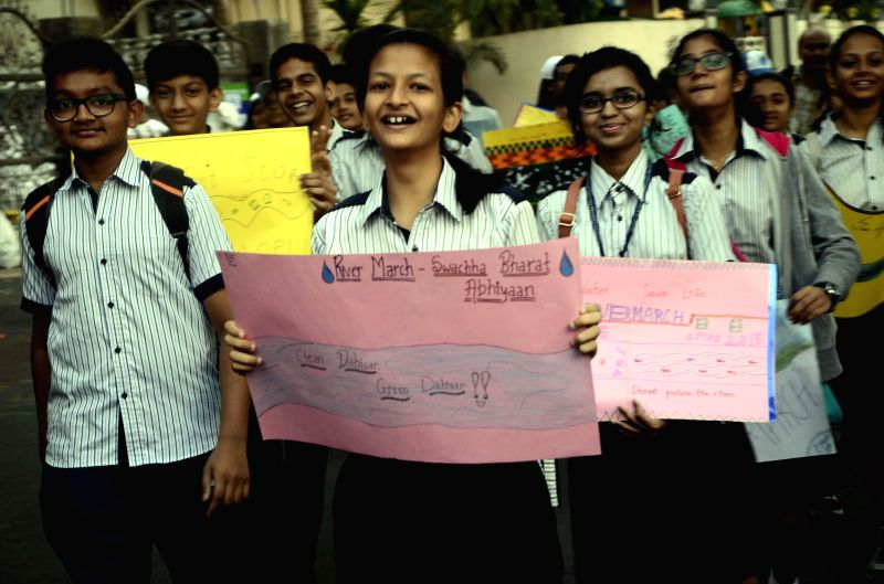 School students participate in `River March` - a march organised to spread awareness regarding importance of rivers - in Dahisar of Mumbai on March 1, 2015.