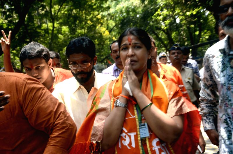 Shiv Sena leader Trupti Sawant after winning the by-election to the Bandra (East) constituency in Mumbai on April 15, 2015.
