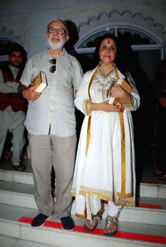 Singer Ila Arun during the prayer meeting of Medha Jalota wife of Bhajan singer Anup Jalota in Mumbai on Thursday, Dec 11, 2014.