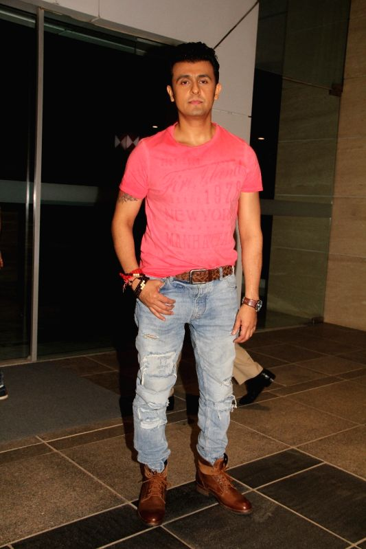 Singer Sonu Nigam during the 50th birthday of Sangeethi Seetharaman, in Mumbai, on April 27, 2015. Politician Amar Singh hosted the party for Sangeethi Seetharaman who is the wife of Doha ... - Sonu Nigam