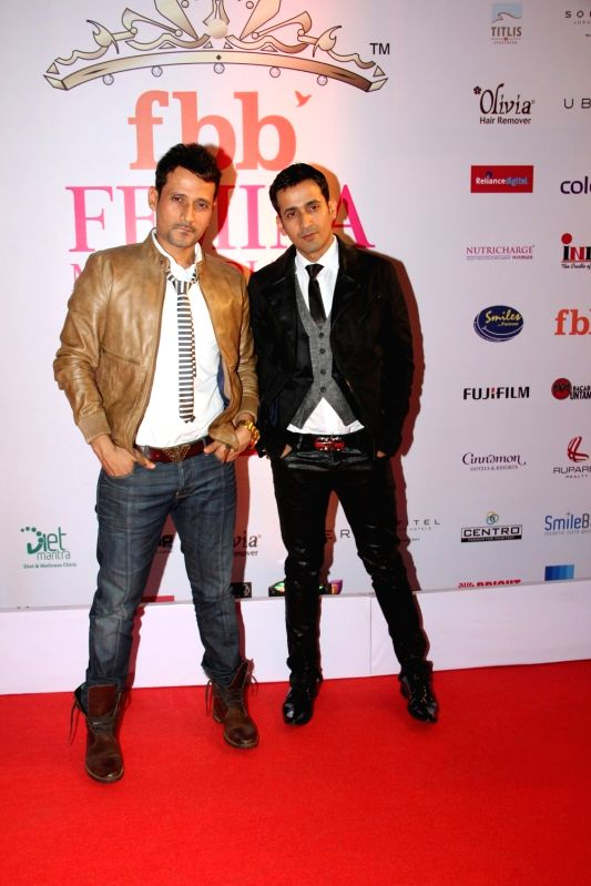 Singers Meet Brothers, Harmeet Singh and Manmeet Singh during the Grand Finale fbb Femina Miss India 2015 in Mumbai on March 28, 2015. - Harmeet Singh and Manmeet Singh