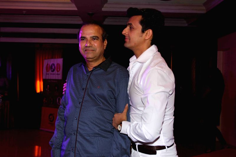 Singers Suresh Wadkar and Sonu Nigam during the launch of IKL - Indian Karaoke League in Mumbai on April 14, 2015. - Sonu Nigam