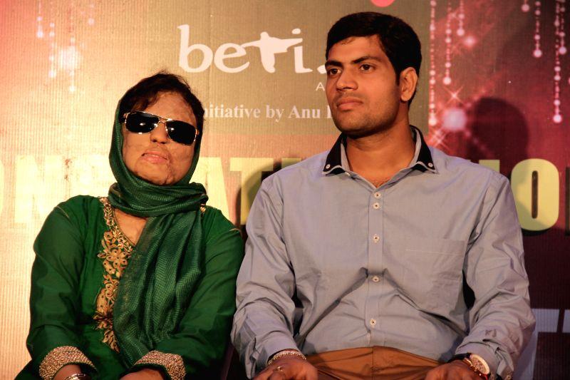 Sonali Mukherjee and Chittaranjan during acid attack survivor Sonali Mukherjee and Chittranjan Tiwari, a Jharkhand based electrical engineer marriage celebrations in Mumbai on April 24, ...