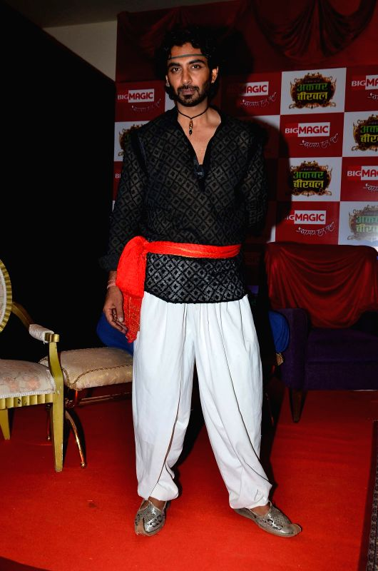 Television actor Rohit Khurana during the launch of Big Magic channel new show Chatur aur Chalak, Birbal aur Viraat, in Mumbai on Jan. 30, 2015. - Rohit Khurana